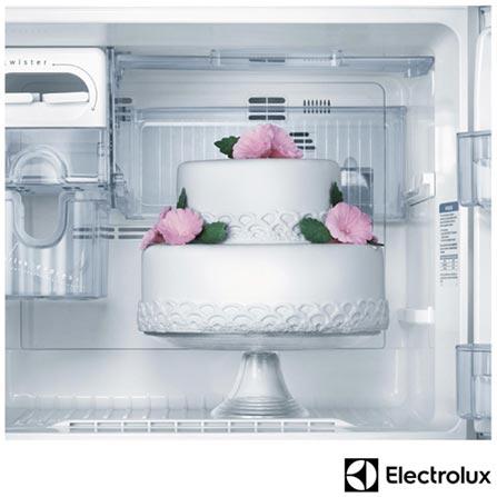 Refrigerador de 02 Portas Electrolux Frost Free com 430 Litros com Painel Blue Touch Branco - DFN50, 110V, Branco, 02 Portas, 02 Portas, De 351 a 500 litros, 12 meses, Electrolux