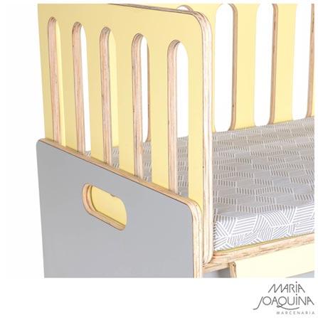 Mini Berço Cosleeper Pé Bandeira Amarelo Claro e Cinza Cobalto - Maria Joaquina, Amarelo, Compensado, Laminado e Resinas Naturais, 90 kg, Sim