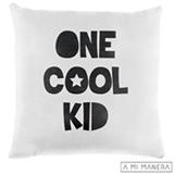 Almofada de Decoração One Cool Kid em Tricô Branca e Preta - A Mi Manera