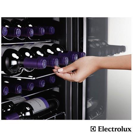 Adega de Vinhos Electrolux para 24 Garrafas com até 18° C - ACS24, 110V, 220V, Preto e Inox, Compressor, 24 Garrafas, 05 Prateleiras, de 4° C a 18° C, 85 W, 60 Hz, 12 meses